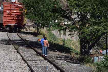 boys-on-tracks