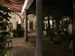 el-fuerte-hotel-courtyard