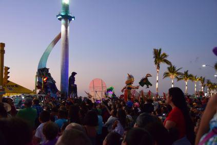 dusk-falls-on-carnaval